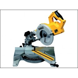 Dewalt DW777 216mm Sliding Crosscut Mitre Saw 1800 Watt